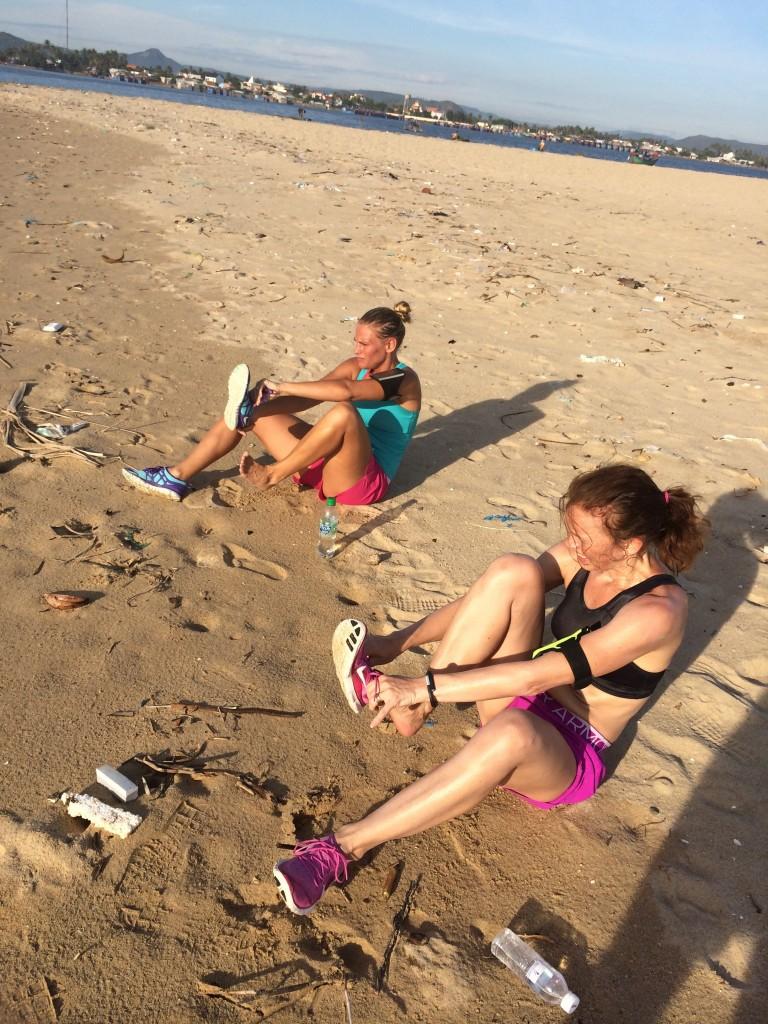 Stopp vid halvtid, tömning av sand i skor ;)